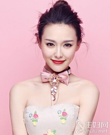 资讯生活唐嫣糖果妆容图片,赵丽颖可爱甜美妆容,明星妆容
